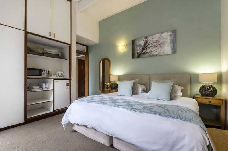 Port Elizabeth Accommodation Options | Port Elizabeth Accommodation | Summerstrand B&B